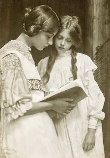 Random Beauties Reading