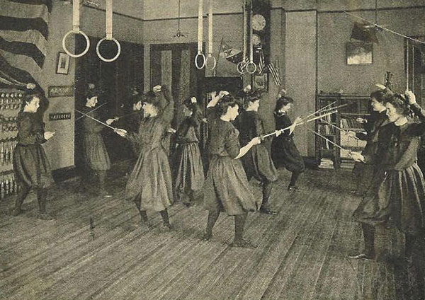 Fencing at Bennett School for Girls