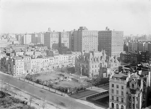 Charles Schwab's NYC Estate