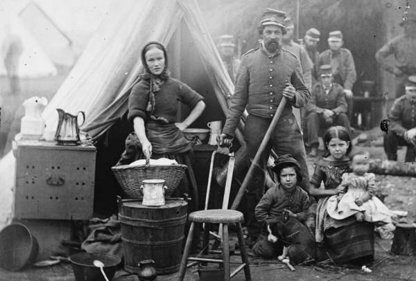 A family affair: infantry near Washington