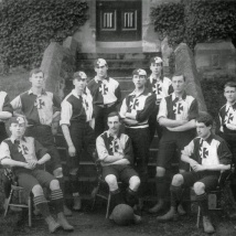 Malvern_College_football_team_1900